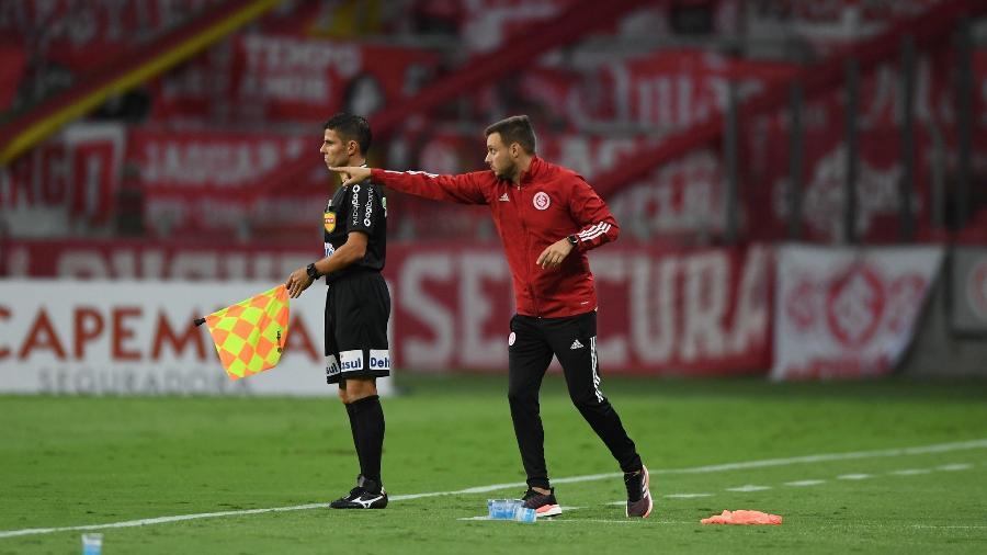 Martin Anselmi, auxiliar técnico de Miguel Ángel Ramírez, foi absolvido em julgamento - Ricardo Duarte/Inter