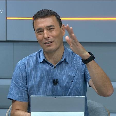 Rizek alfineta esposa Andréia Sadi após ser criticado por usar regata - Reprodução/SporTV