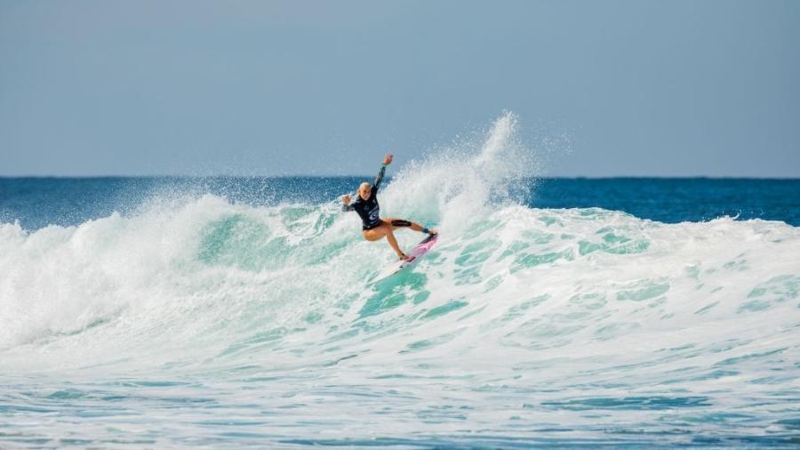 Tatiana Weston-Webb terminou como vice-campeã do Circuito Mundial de Surfe - Cait Miers/World Surf League via Getty Images