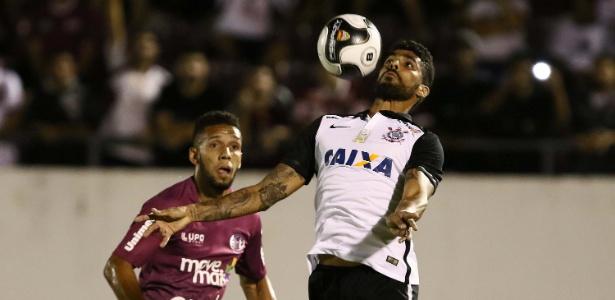 Vilson disputou 19 jogos oficiais com a camisa do Corinthians