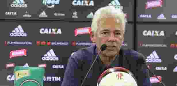 8cfefa0cd7 Flamengo minimiza ida de Marinho para China e já busca outros nomes ...