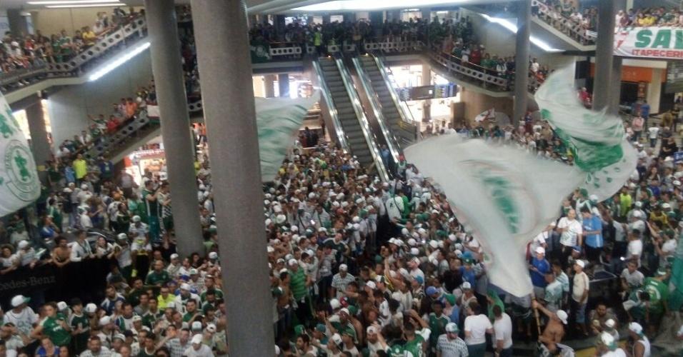 Torcida Palmeiras aeroporto congonhas corredor