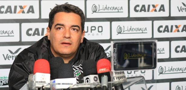 Tuca Guimarães comandou o Figueirense em alguns jogos do Brasileiro