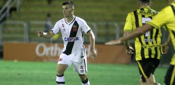 Meia Wagner fez 22 partidas e dois gols pelo Vasco até agora