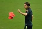 Com vaga ameaçada na seleção, Filipe Luis revê trauma pré-Copa