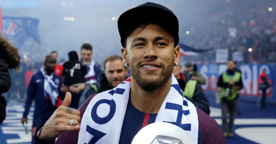 Neymar comemora título francês do PSG