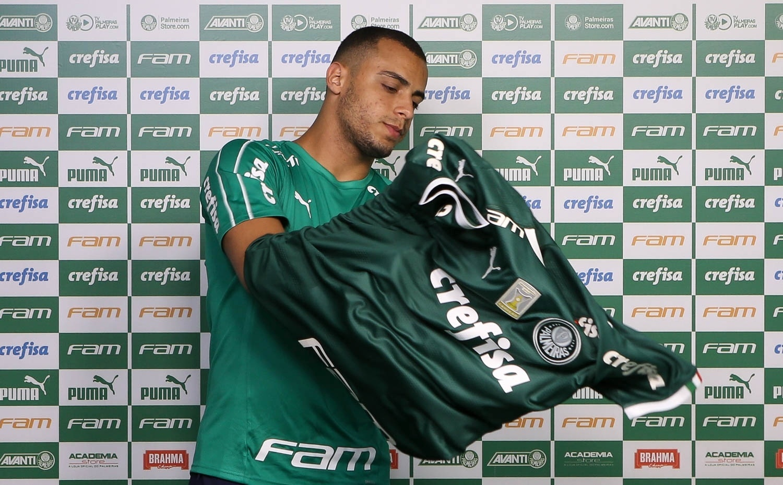 Arthur diz que é uma mistura de Borja e Deyverson e elogia Felipão -  Esporte - BOL 3a62a4dfb209a