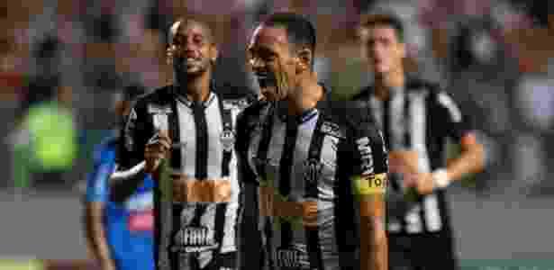Ricardo Oliveira comemora gol do Atlético-MG contra a URT - Marcelo Alvarenga/AGIF