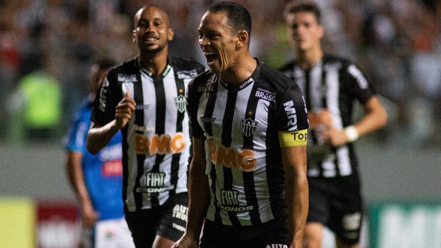 Retorno de Ricardo Oliveira ao Santos foi descartado pelo presidente Peres - Marcelo Alvarenga/AGIF