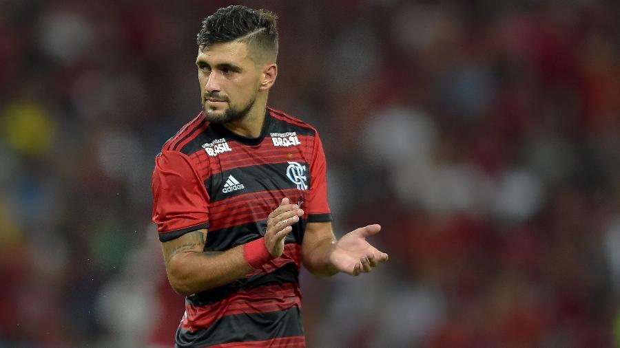77eea1e2d84 Flamengo negocia patrocínio para uniforme com clube de gastronomia