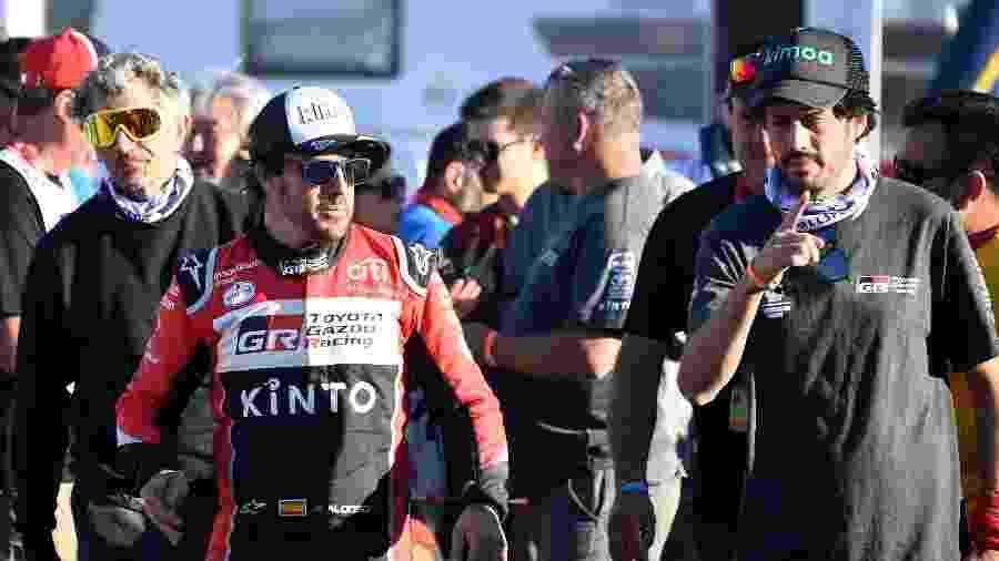 Fernando Alonso durante o Dakar 2020  - FRANCK FIFE / AFP