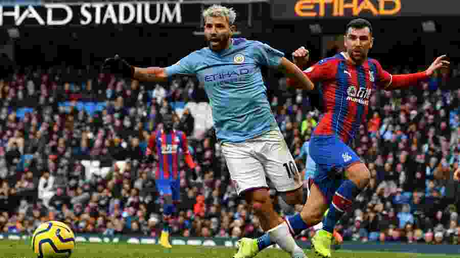 Sergio Aguero durante a partida do Manchester City contra o Crystal Palace - Paul ELLIS / AFP