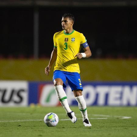 O zagueiro da seleção brasileira Thiago Silva durante partida contra a Venezuela - Lucas Figueiredo/CBF