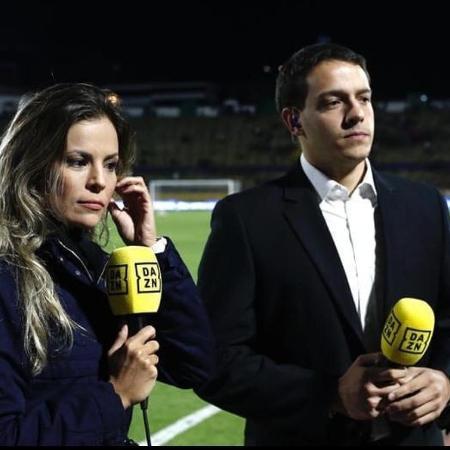 Repórter Mariana Fontes (e) e comentarista Rafael Oliveira (d) em transmissão do DAZN - Reprodução