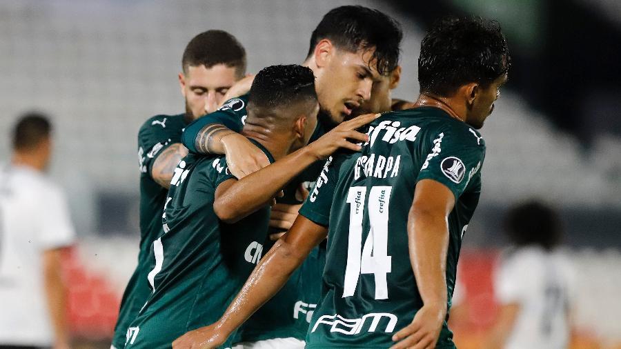 Gustavo Gómez comemora gol marcado pelo Palmeiras contra o Libertad - Nathalia Aguilar - Pool/Getty Images