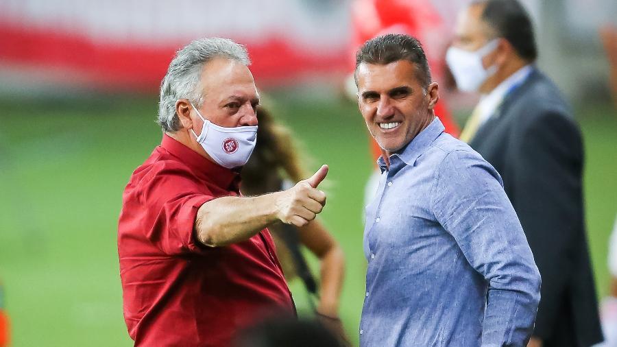 Mancini se esquiva, mas atualiza chegadas e saídas do Corinthians