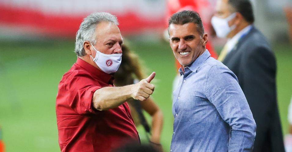 Abel Braga e Vagner Mancini antes de partida no Beira Rio