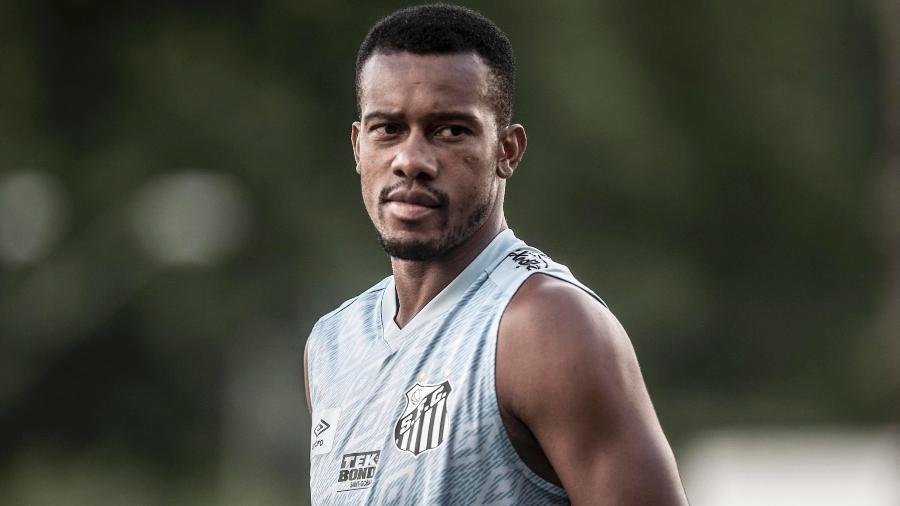 Copete em treino pelo Santos no CT Rei Pelé - Ivan Storti