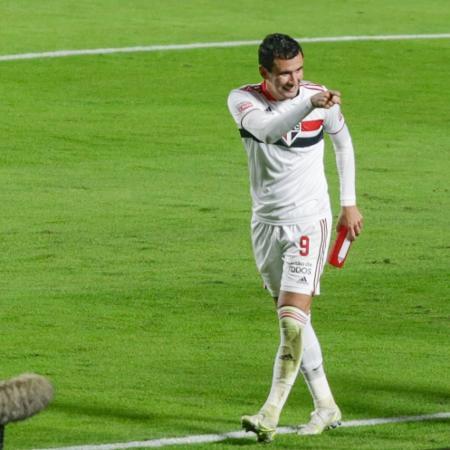 Pablo comemora o segundo gol do São Paulo na semifinal - Marcello Zambrana/AGIF