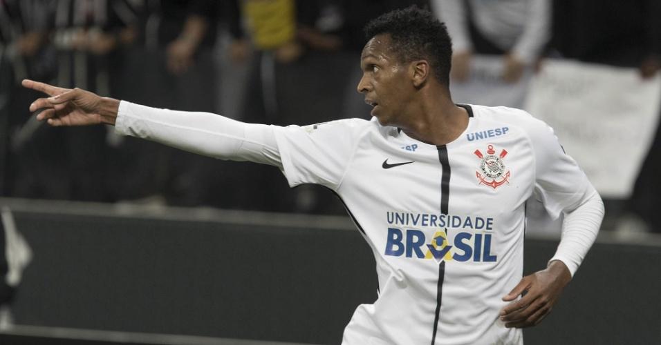Jô comemora o gol marcado pelo Corinthians contra o Bahia