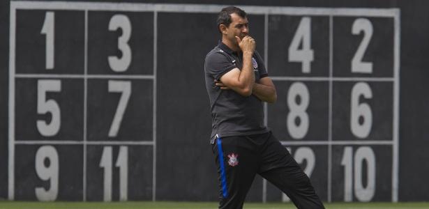 Corinthians de Fábio Carille terá poucos dias de treinos até a estreia no Paulistão