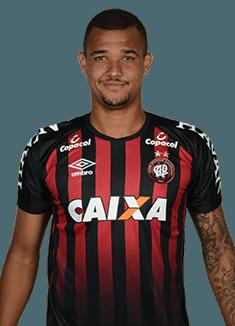 José Ivaldo Almeida Silva, zagueiro do Atlético-PR
