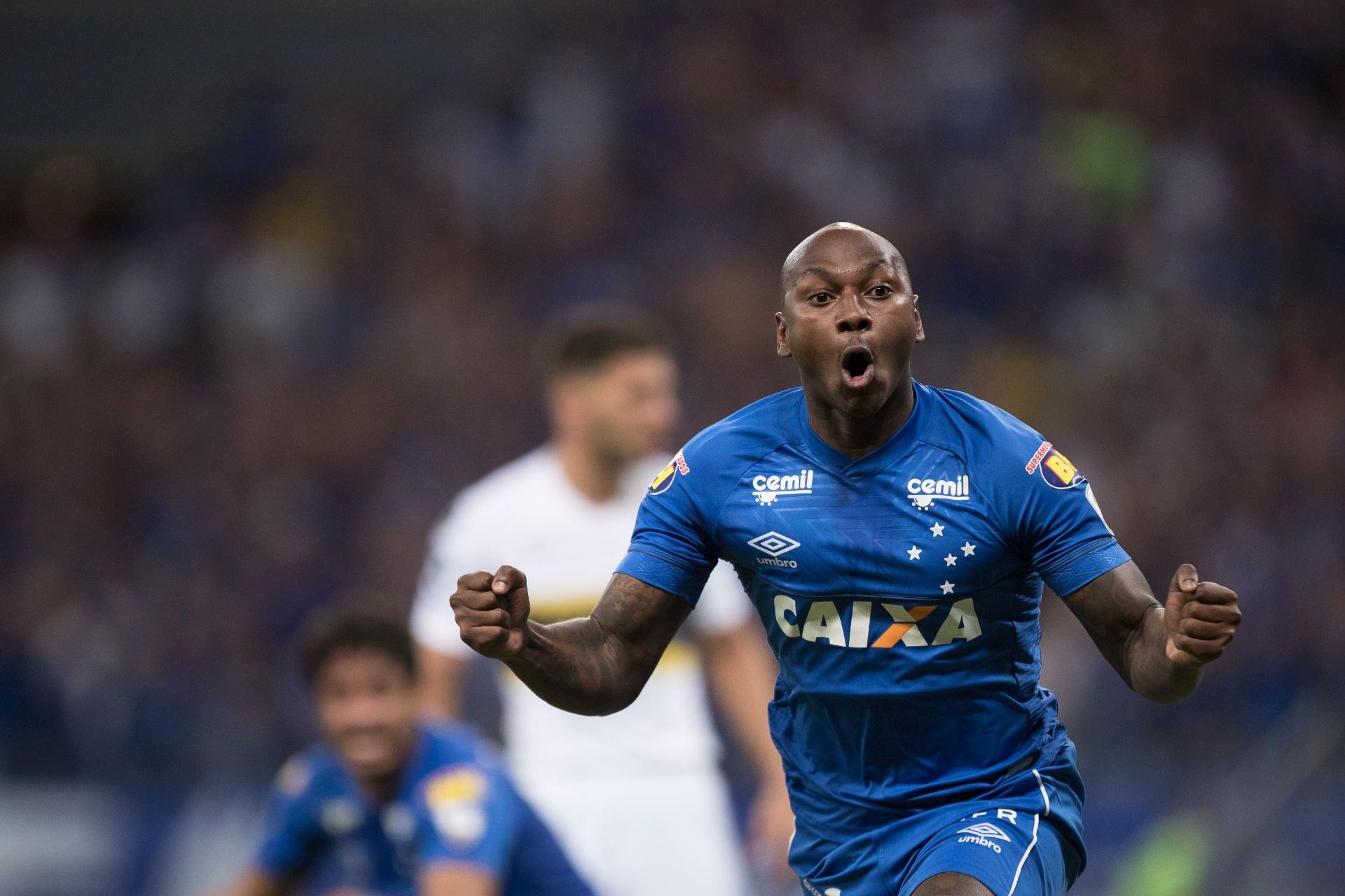 Corinthians pede provas a vice do Cruzeiro sobre Sassá  clube rebate -  13 12 2018 - UOL Esporte b52f678512d8a