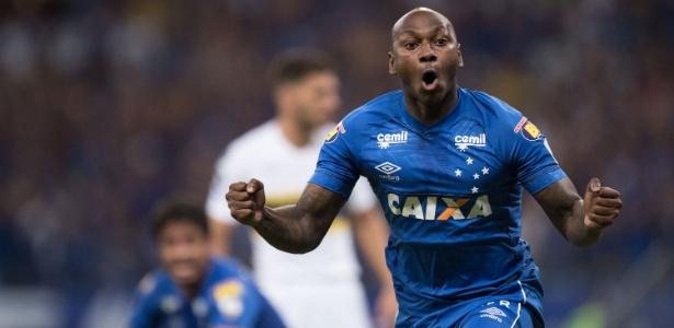 Cruzeiro vê Dedé ser expulso de novo 81860cffb6da4