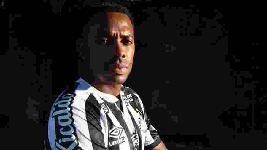 Robinho foi condenado em primeira instância a nove anos de prisão por estupro coletivo, em Milão, na Itália - Divulgação/Santos FC