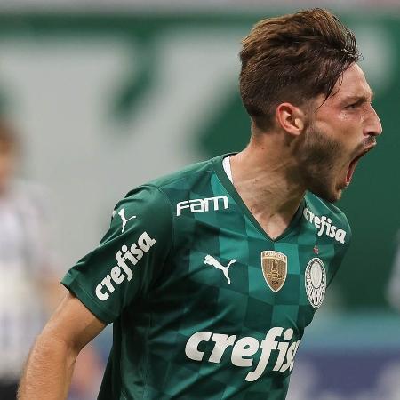 Matías Viña tem contrato com o Palmeiras até dezembro de 2024 - Cesar Greco