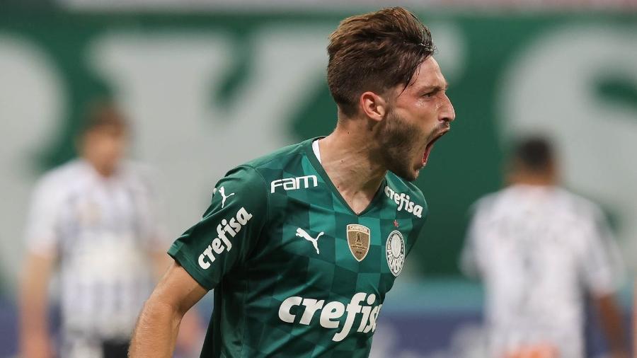 Matías Viña comemora seu gol pelo Palmeiras no duelo contra o Santos, pelo Paulistão - Cesar Greco