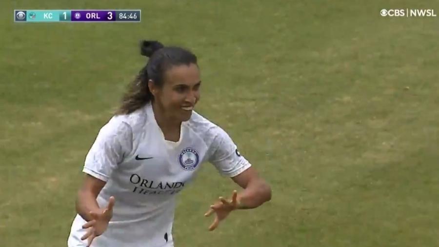 Marta faz gol do meio-campo em vitória do Orlando Pride - Reprodução/Twitter