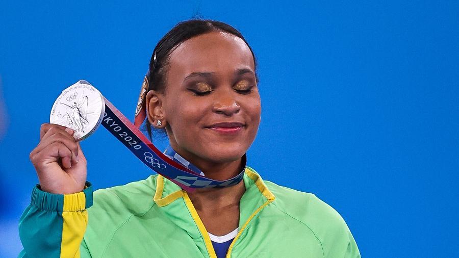 Rebeca Andrade conquista a medalha de prata na ginástica - Jonne Roriz/COB