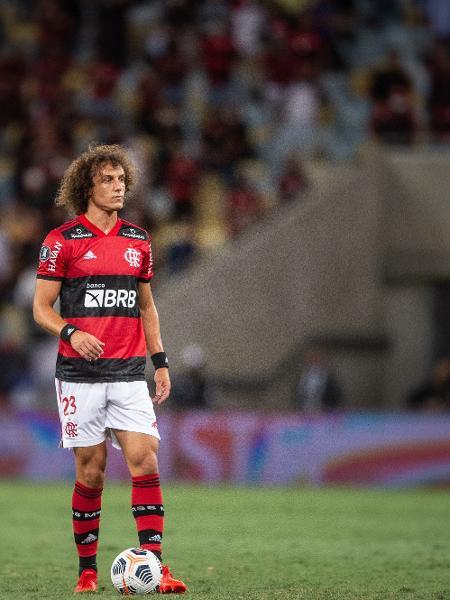 David Luiz em ação pelo Flamengo - Thiago Ribeiro/AGIF