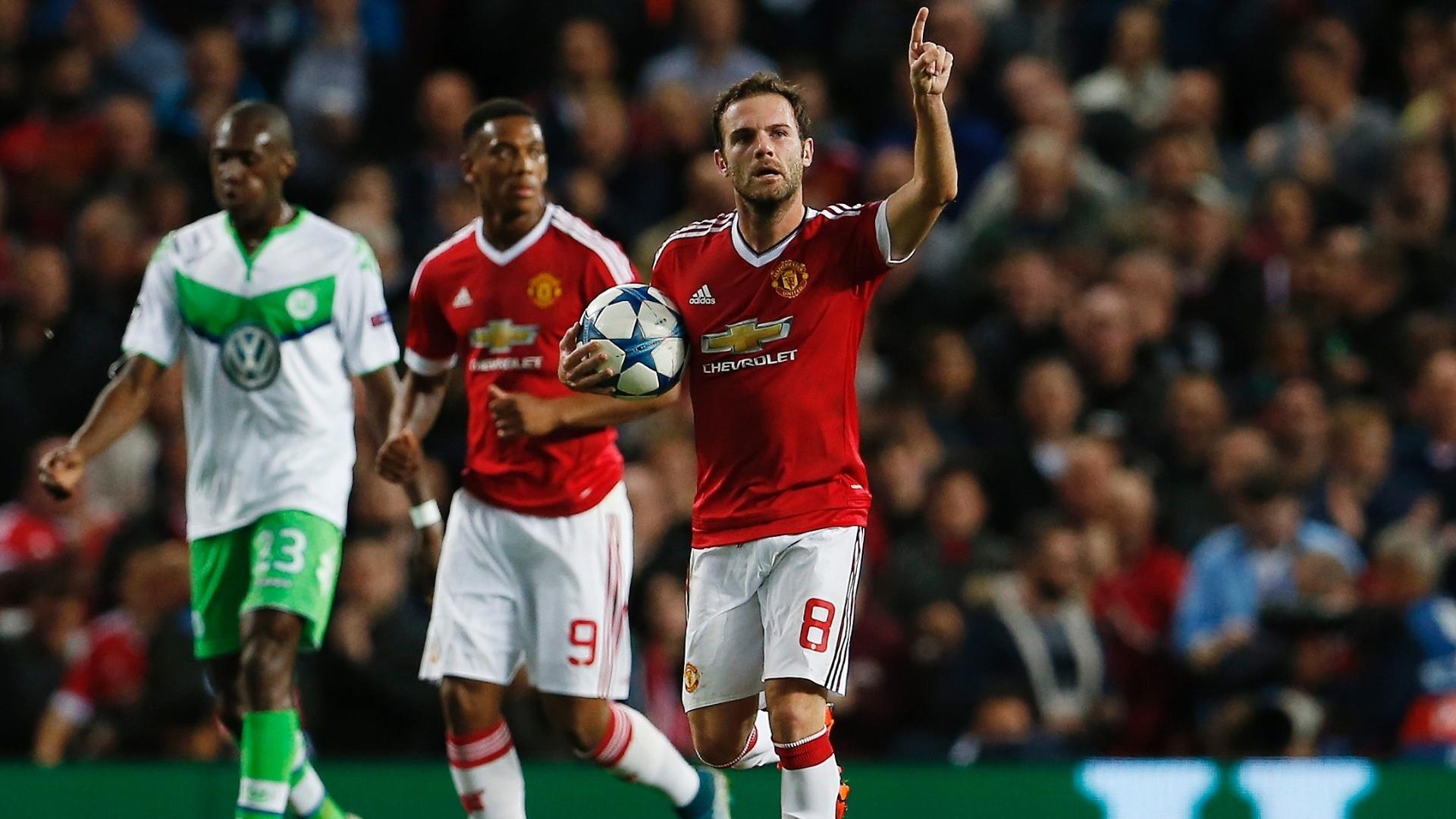 Juan Mata abriu o placar para o Manchester United contra o Wolfsburg pela Liga dos Campeões
