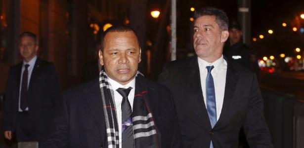 Representante do fundo DIS acusa Neymar Santos de ocultar negociação com o Barcelona