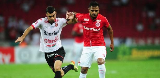 Volante Fernando Bob deixa o Inter e se transfere para o Goiás por empréstimo