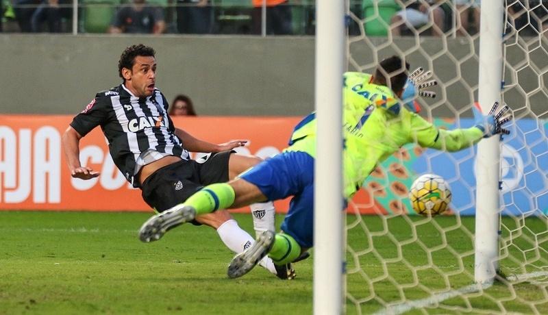 Fred fez contra o Cruzeiro o primeiro gol com a camisa do Atlético-MG