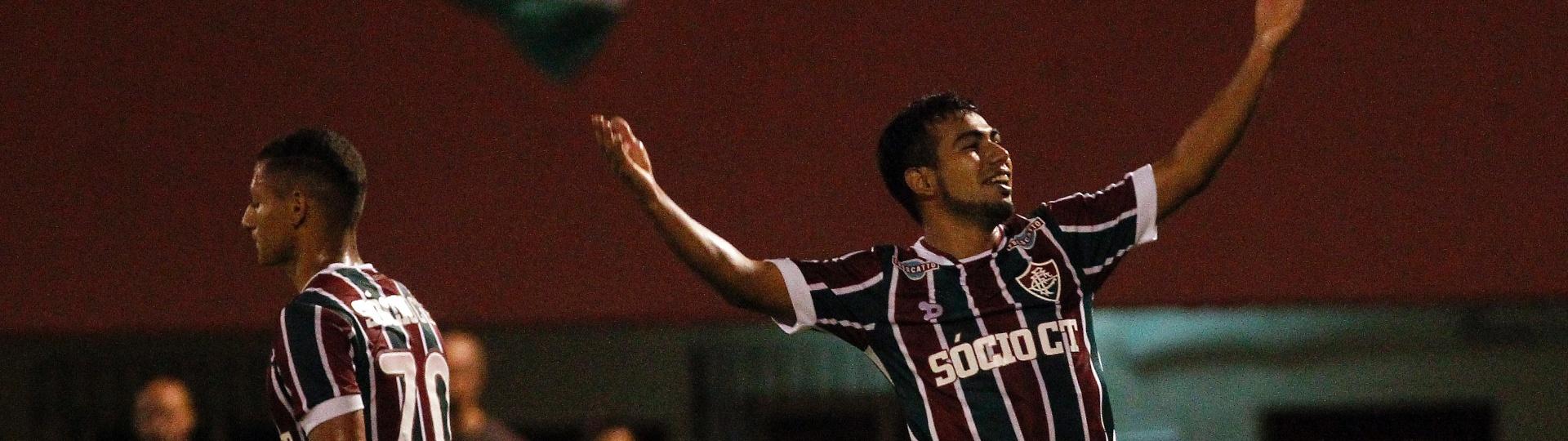 Sornoza comemora gol marcado pelo Fluminense