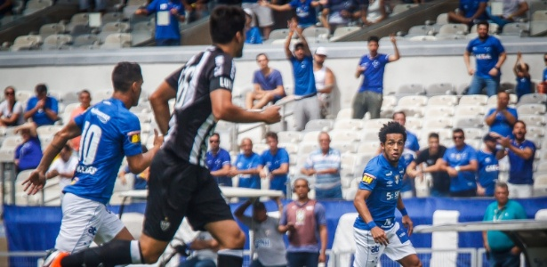 Cruzeiro e Atlético-MG em ação durante clássico pelo Campeonato Mineiro - Vinnicius Silva/Cruzeiro