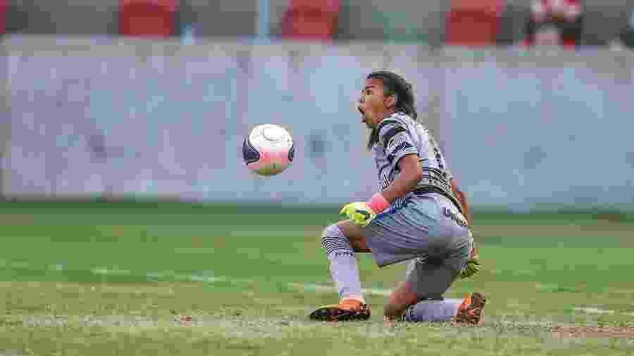 Carlinha defendeu dois pênaltis no Gre-Nal que decidiu o Gauchão feminino de 2018, no Beira-Rio - Divulgação/Grêmio