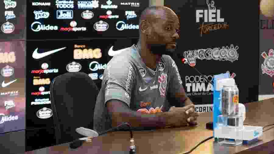 Vagner Love, durante entrevista coletiva no Corinthians - Daniel Augusto Jr./Agência Corinthians