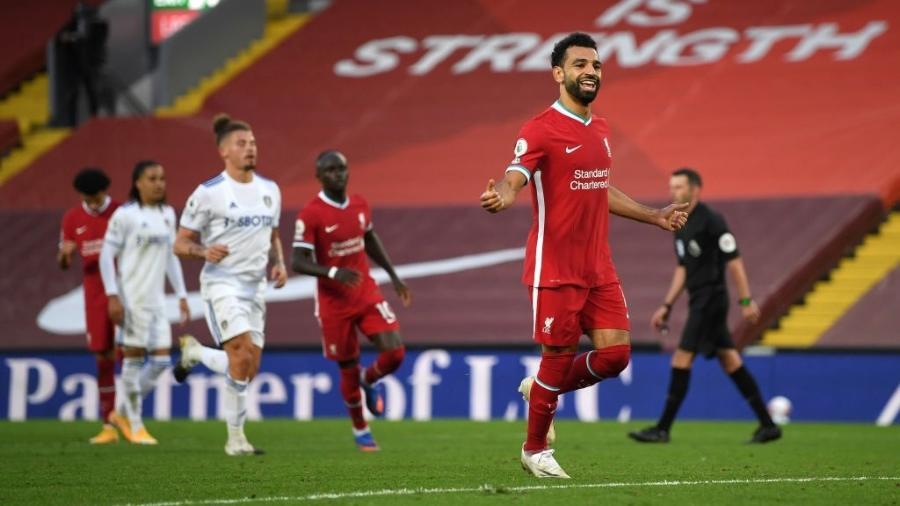 Mohamed Salah comemora gol para o Liverpool diante do Leeds United pelo Campeonato Inglês - Shaun Botterill/Getty Images