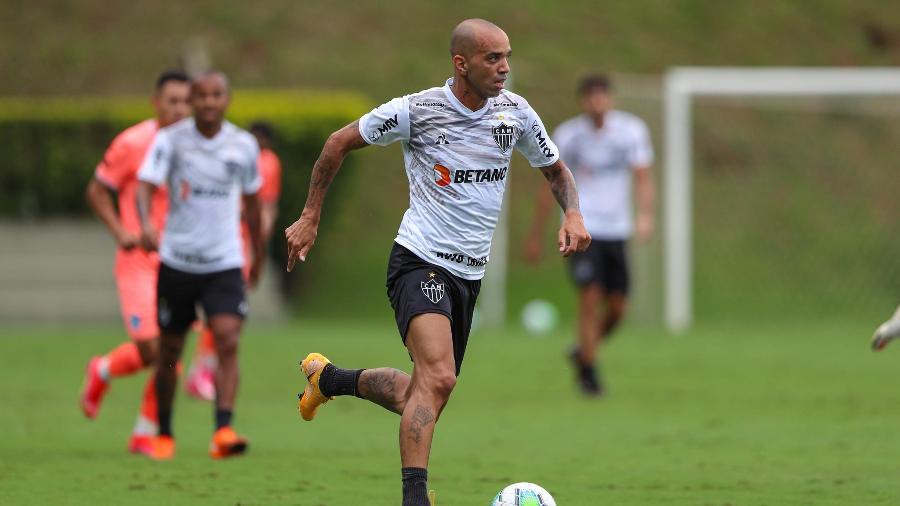 Diego Tardelli marcou os três gols da vitória do Galo sobre o Bolívar-BOL em jogo-treino no CT alvinegro - Pedro Souza/Atlético-MG