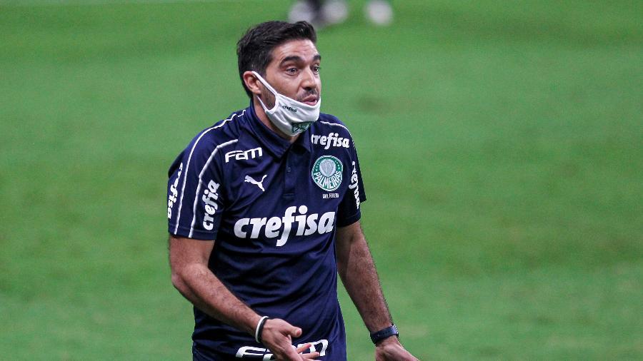 Abel Ferreira, técnico do Palmeiras, durante a final da Copa do Brasil - Fernando Alves/AGIF