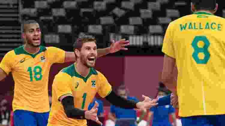 Brasil x Argentina no vôlei masculino - Julio Cesar Guimarães / COB - Julio Cesar Guimarães / COB