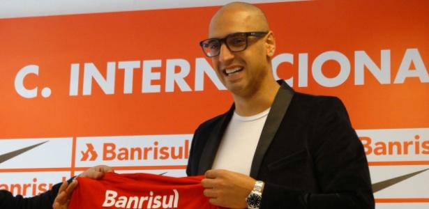 Ariel Nahuelpán tem contrato até o meio do ano com o Internacional