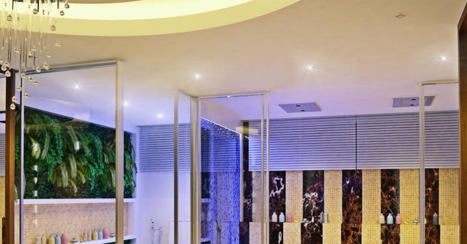 Banheiro master da casa de Felipe Santana