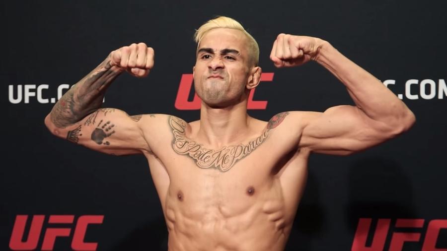 Godofredo Pepey durante pesagem no UFC - Reprodução