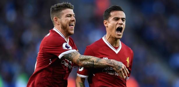 Philippe Coutinho comemora após marcar pelo Liverpool sobre o Leicester